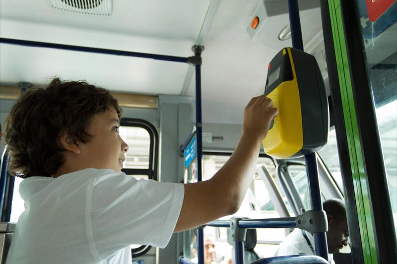 pagar-bus